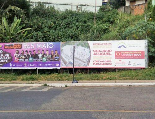 Outdoor Rua Magalhães Pinto Subida Romaria – Congonhas